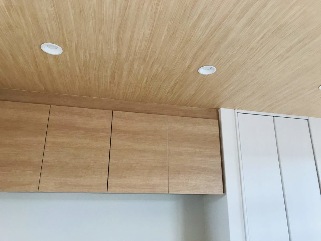 木目クロスを施工した天井